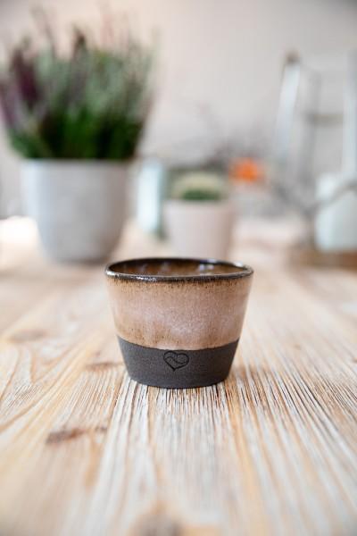 Kaffeebecher braun